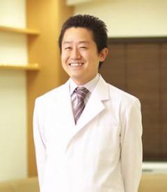 伏見皮フクリニック 院長 伊東 祥雄(Yoshio Ito)