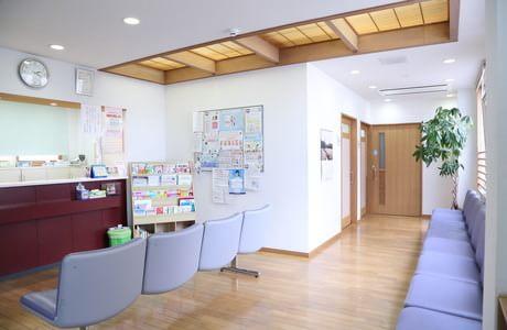 しらやま医院 尼ヶ辻駅 3の写真