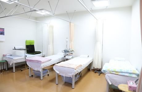 しらやま医院 4