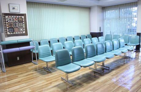 藤田外科 中京競馬場前駅 4の写真