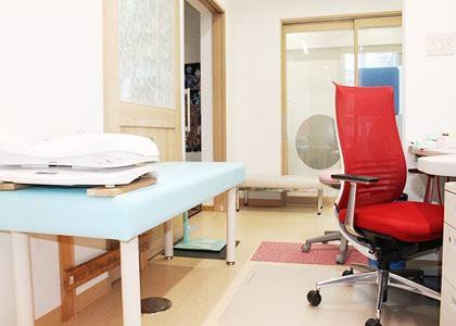 やない小児科医院 浦上駅 3の写真