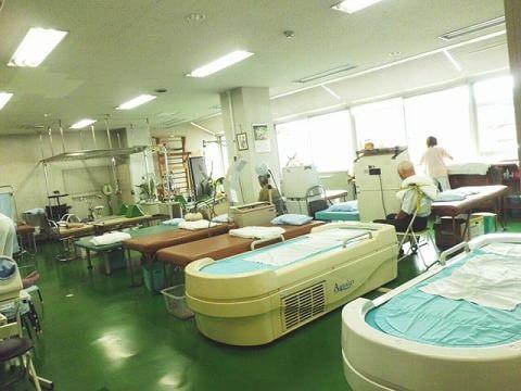 外間整形外科医院 3
