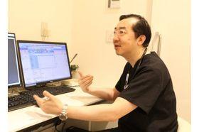 新宿トミヒサクロスクリニック 新宿御苑前駅 肝機能疾患は症状が出にくいのでしっかりと検査をしましょうの写真