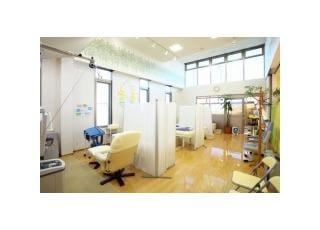 リハビリ室:最新の設備を整えている当院のリハビリ室です。