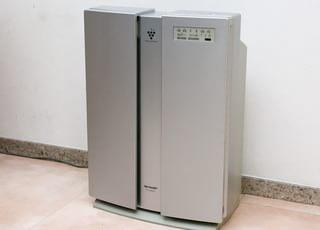 空気清浄機で院内の空気を清潔にしています。