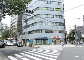 当院はビルの1階の分かりやすい場所にございます。