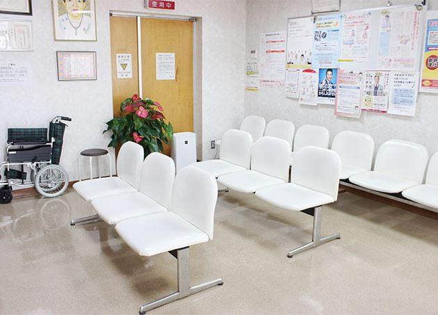 岩佐医院 須賀駅 5の写真