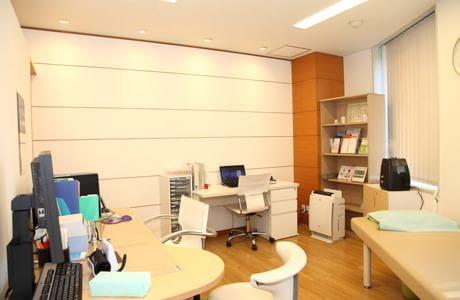 リバーシティクリニック東京の診察室