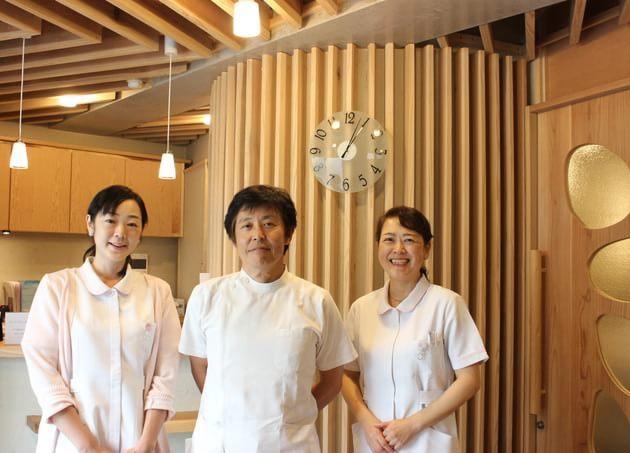 堤耳鼻咽喉科医院 中野坂上駅 1の写真