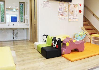 やない小児科医院
