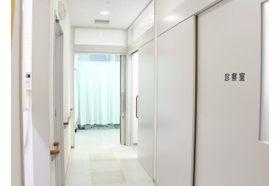 あいしんクリニック泌尿器科 新神戸駅 症状を受付で伝えなくてもいいようにしておりますの写真