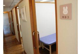 さのすこやかクリニック 植田駅(名古屋市営) 隔離室を3部屋ご準備しておりますの写真