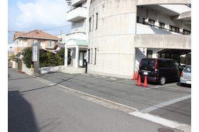 岡本クリニック 門司駅 電車・バス・お車でも通院しやすい場所にありますの写真