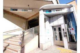 東陽パークサイドクリニック 東陽町駅 駅から徒歩2分です。当ビルの一階には処方箋受付があります。の写真