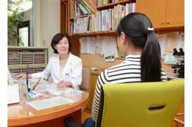 安永産婦人科医院 諫早駅 患者様自身の言葉をしっかりと聞き、説明をいたします。の写真