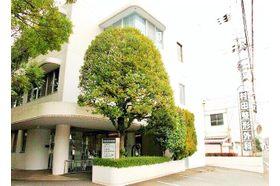 村田整形外科医院 鮎喰駅 駐車場は合計10台分駐車可能ですの写真