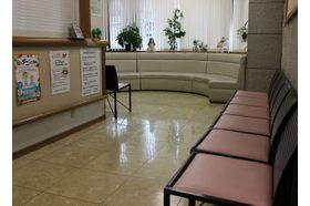 六ツ川眼科医院 東戸塚駅 全体的に医院は広く患者様同士がぶつからないように作られています。の写真