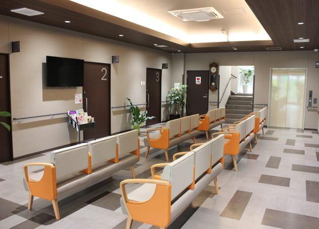 まえだ整形外科 博多ひざスポーツクリニック 呉服町駅(福岡県) 3の写真
