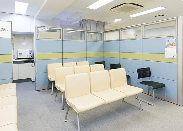 丸尾眼科 高田馬場駅 4の写真