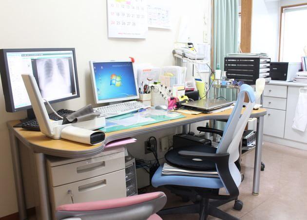 香内医院 西富岡駅 5の写真