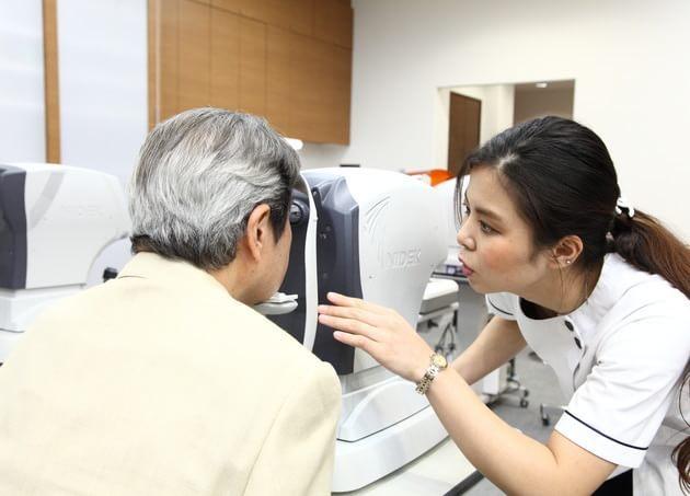 横須賀中央眼科